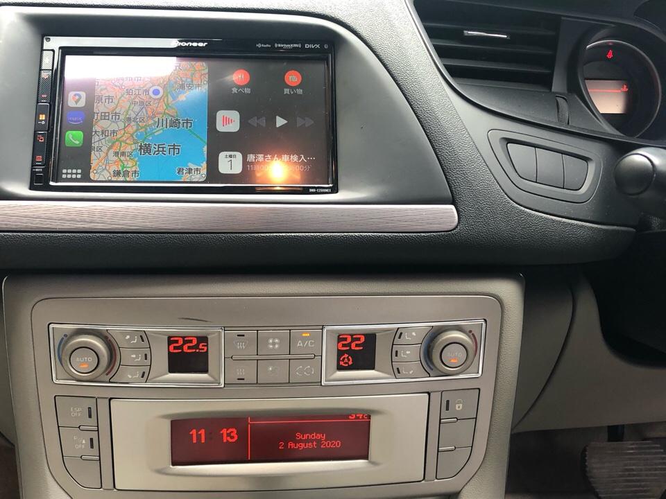 アップルカープレースクリーン埋め込み
